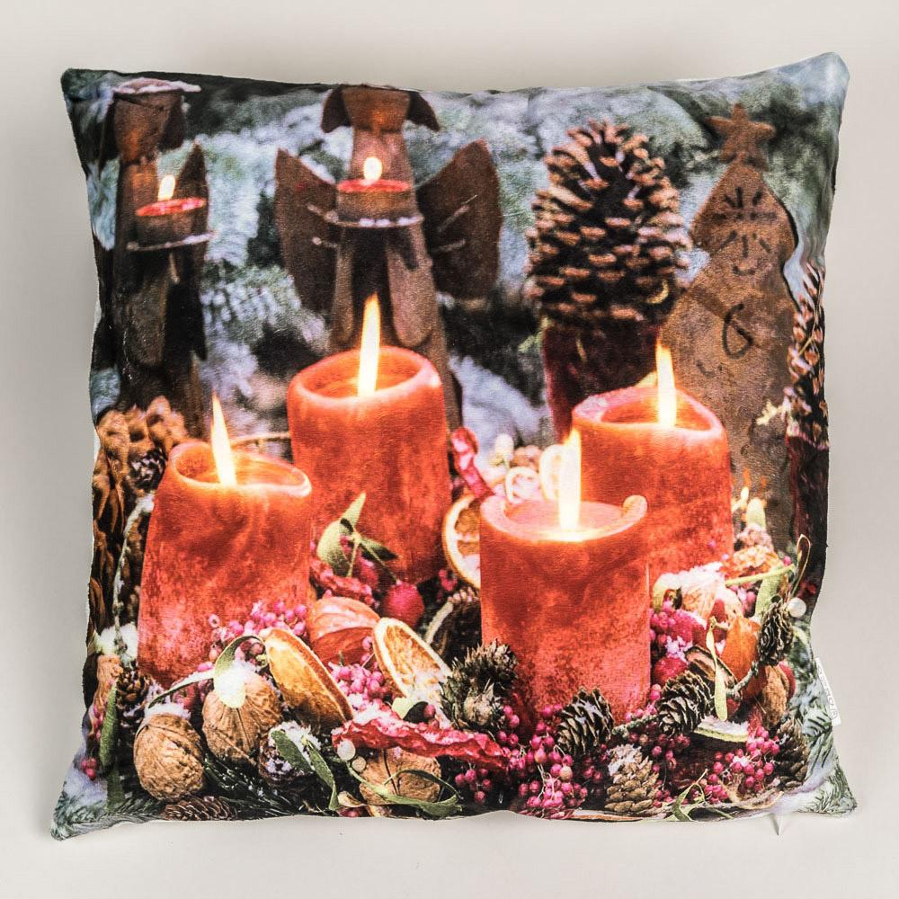 Quentin dekorační polštářek svítící ČERVENÉ SVÍČKY 2, vánoční vzor se svíčkami 45x45cm
